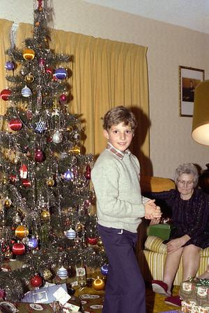 Christmas 1982 (Roll 130)