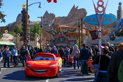 0Disney Calif  2017, 167A Lightning McQueen arrives in Cars and-