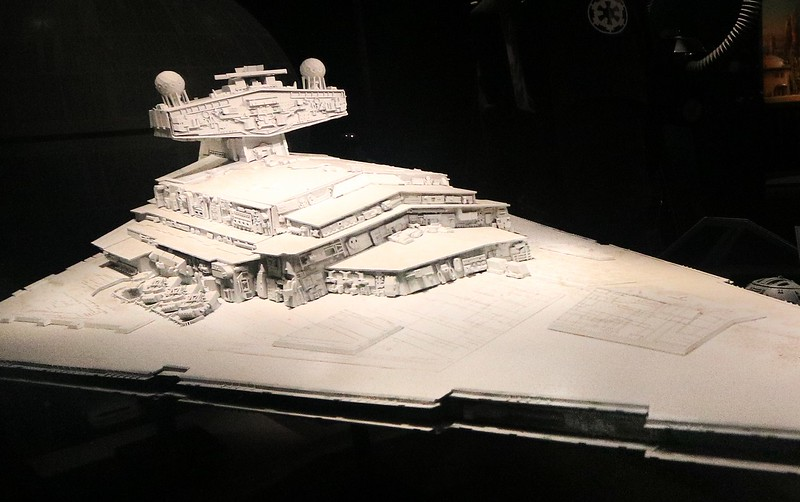 0Disney Calif  2017, 592A, Imperial Star Destroyer-