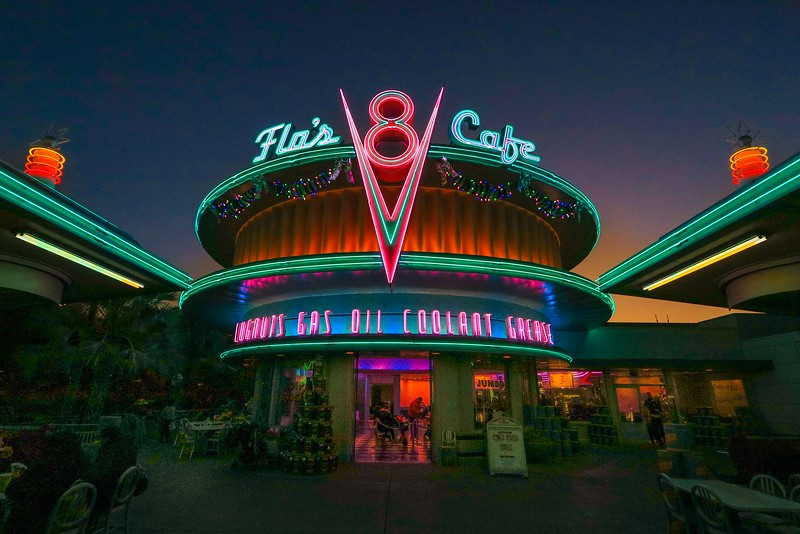 0Disney Calif  2017, 251A Flo's cafe, Cars land-