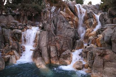 0Disney Calif  2017, 196A waterfall in Calif  Adventure-