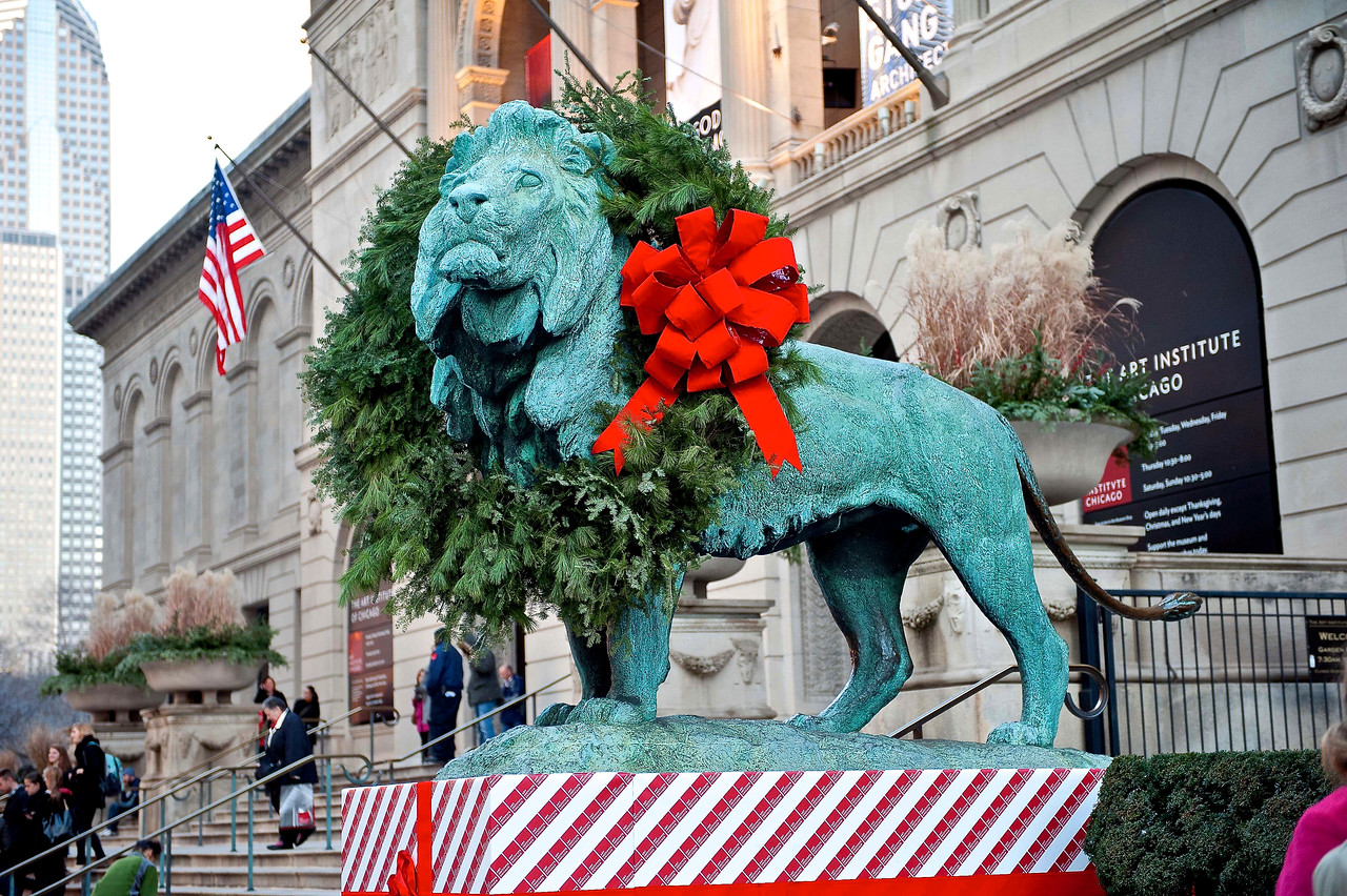 Holiday Lion at The Art Institute