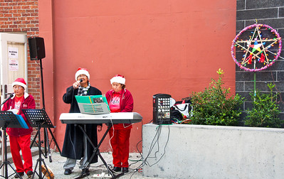 christmas-singers
