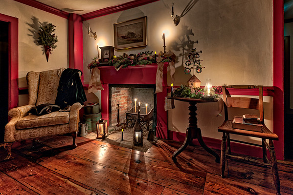 Candlelight Christmas at Lafayette-Durfee House (1750)