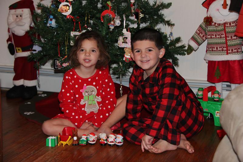 Getting Ready for Xmas & Santa 12-12