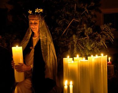 Mary-queen-candles-1