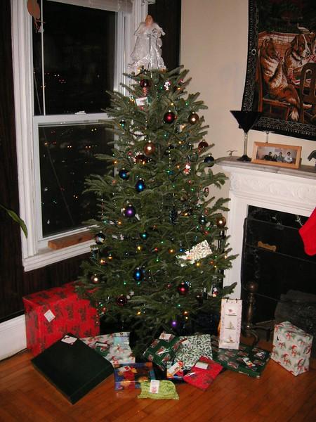2004_Tree