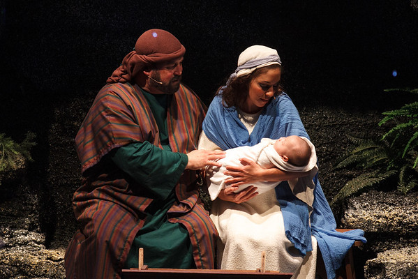 """""""THE CHRISTMAS MIRACLE"""" A Dramatic Musical"""