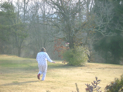 Portia running to get her gift!