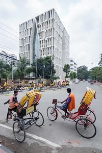 06 GULSHAN SOCIETY MOSQUE. Architect: Kashef Chowdhury / URBANA | Location: Gulshan, Dhaka | Design: 2009 – 2011 | Construction: 2011 – 2017