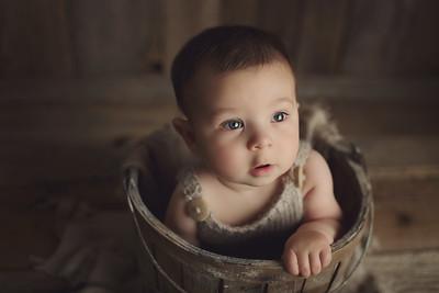 christopher 7 month mini