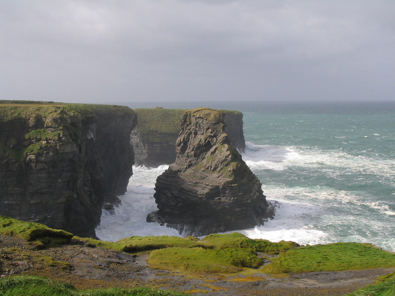 Close to the cliffs of Moher (these cliffs were way better)