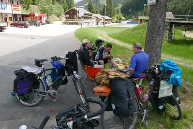 @RobAng 31.05.17, 13:53: Dötra, 1430 m, Olivone, Cantone Ticino, Schweiz (CHE)