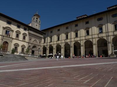 @RobAng 21.09.17, 11:09: Arezzo, 291 m, Arezzo, Toscana, Italien (ITA)