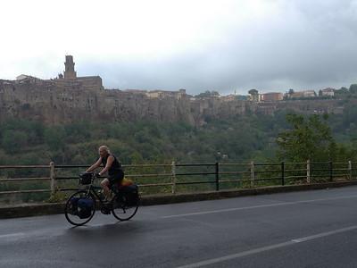@RobAng 16.09.17, 11:19: Pitigliano, 275 m, Pitigliano, Toscana, Italien (ITA)