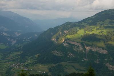 @RobAng 16.06.17, 20:24: Bündner Rigi / Surcuolm, 1613 m, Morissen, Kanton Graubünden, Schweiz (CHE)