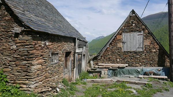 @RobAng 28.04.18, 16:41: Antras, 1104 m, Antras, Occitanie, Frankreich (FRA)