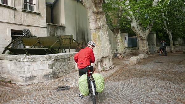 @RobAng 27.05.18, 09:45: Avignon, 25 m, Avignon, Provence-Alpes-Côte d'Azur, Frankreich (FRA)
