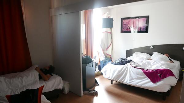 @RobAng 27.05.18, 07:12: Avignon, 22 m, Avignon, Provence-Alpes-Côte d'Azur, Frankreich (FRA)