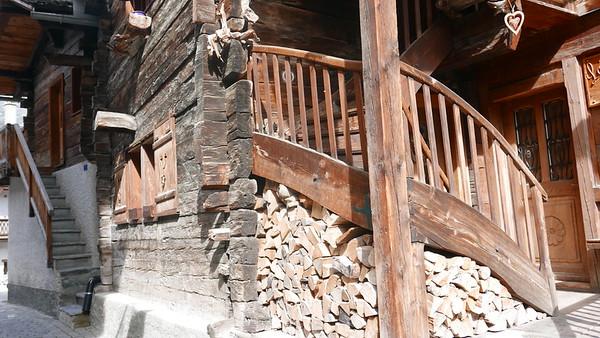 @RobAng 04.06.18, 17:20: Grimentz, 1563 m, Grimentz, Canton du Valais, Schweiz (CHE)