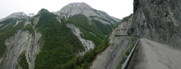 @ 04.06.18, 13:05: Derborance, 1238 m, Aven, Canton du Valais, Schweiz (CHE)