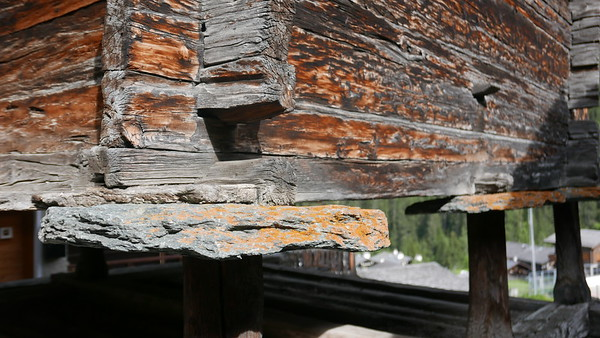 @RobAng 04.06.18, 17:17: Grimentz, 1563 m, Grimentz, Canton du Valais, Schweiz (CHE)