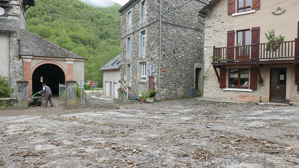 @RobAng 10.05.18, 09:52: Bonac-Irazein, 710 m, Bonac-Irazein, Occitanie, Frankreich (FRA)