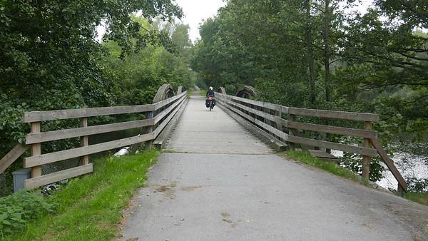 @RobAng 06.09.18, 14:56: Fridafors (auf Banvallsleden / ehemalig Bahntrasse), Svängsta, Blekinge, Schweden (SWE), 50.1857 m