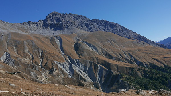 @RobAng 20.10.18, 13:30: P8- Il Fuorn - Val Stabelchod - Margunet - Val da Botsch - P8 Il Fuorn, 2304 m, Nationalpark - Il Fuorn - Lavin, Kanton Graubünden, Schweiz (CHE)
