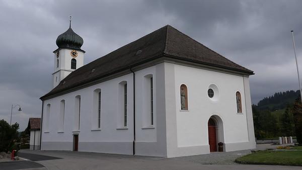 @RobAng 18-Okt.-20 16:00:37: Kirchweg, , Mühlrüti, Sankt Gallen, Schweiz (CH)