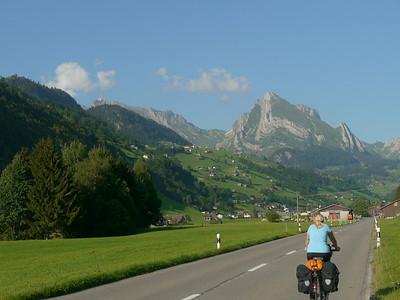 @RobAng 2012 / Starkenbach, Alt St. Johann, Kanton St. Gallen, CHE, Schweiz, 892 m ü/M, 01.08.2012 18:27:42