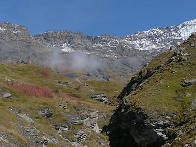 © RobAng 2010 -- Lanslebourg-Mont-Cenis, Rhône-Alpes, France - 2037 m