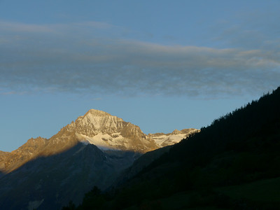 © RobAng 2010 -- Lanslevillard, Rhône-Alpes, France -