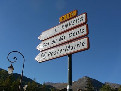 © RobAng 2010 -- Lanslevillard, Rhône-Alpes, France - 1471.66 m