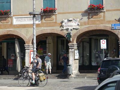 @RobAng, Juni  2013 / Bassano del Grappa, Bassano Del Grappa, Veneto, ITA, Italien, 130 m ü/M, 2013/06/10 09:04:43