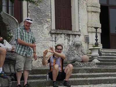 @RobAng, Juni  2013 / Bassano del Grappa, Bassano Del Grappa, Veneto, ITA, Italien, 123 m ü/M, 2013/06/10 10:45:14 DER GEFLÜGELTE TOUR-ENGEL; THANK YOU TURI!