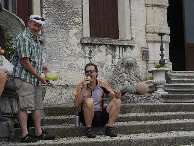 @RobAng, Juni  2013 / Bassano del Grappa, Bassano Del Grappa, Veneto, ITA, Italien, 123 m ü/M, 2013/06/10 10:45:22 DER GEFLÜGELTE TOUR-ENGEL; THANK YOU TURI!