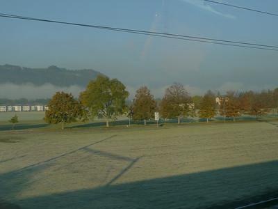 """2011/10/22 09:17:30 /  ©RobAng / Schweiz-Mittelland 8TUNG VIDEO. Zum Abspielen """"Play"""" Symbol antippen!"""