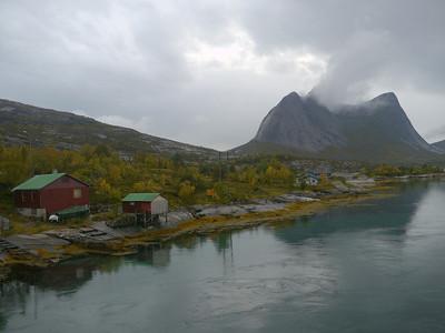 @RobAng 2012 / Skjellesvik, Kjeldebotn, Nordland, NOR, Norwegen, 14.383 m ü/M, 16/09/2012 17:04:01