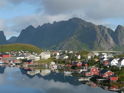 Velotour Lofoten-Vesterålen-Narvik  / @RobAng 2012  / Reine, Reine, Nordland, Lofoten, NOR, Norwegen, 21 m ü/M, 09/09/2012 11:27:56