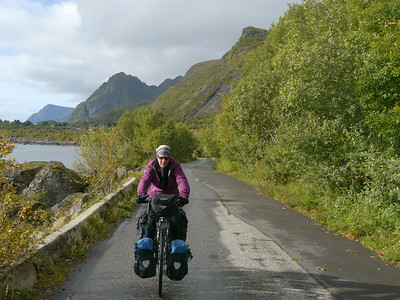 Velotour Lofoten-Vesterålen-Narvik  / @RobAng 2012  / Moskenes, Reine, Nordland, Lofoten, NOR, Norwegen, 24.4286 m ü/M, 09/09/2012 11:12:17