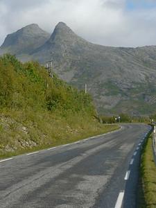 auf der Küstenstrasse von Mo I Rana nach Bodø / @RobAng 2012 / Skogsheim, Stokkvågen, Nordland, NOR, Norwegen, 80 m ü/M, 06.09.2012 14:52:46
