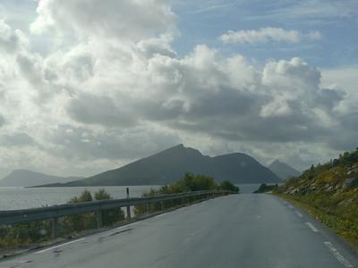 auf der Küstenstrasse von Mo I Rana nach Bodø / @RobAng 2012 / Einmoen, Bratland, Nordland, NOR, Norwegen, 52.5667 m ü/M, 06.09.2012 14:44:50
