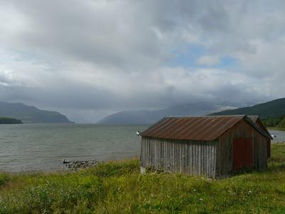 auf der Küstenstrasse von Mo I Rana nach Bodø / @RobAng 2012 / Kvalnes, Utskarpen, Nordland, NOR, Norwegen, 20 m ü/M, 06.09.2012 14:25:10