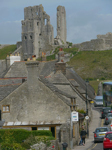 © RobAng 2011, Velotour GB (Dorset-Devon-Cornwall), Dorset, Corfe Castle, 29 m