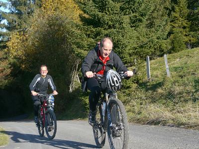 @RobAng 2012 / Rinderweidhorn (1317m), nördlich oberhalb  Sattelegg, Kanton Schwyz, CH, Schweiz/Switzerland,  25.10.2012 11:09:48