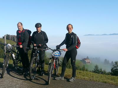 @RobAng 2012 / Aufstieg zum Rinderweidhorn, südöstl. von Pfäffikon (SZ), Kanton Schwyz, CH, Schweiz/Switzerland,  25.10.2012 10:57:55