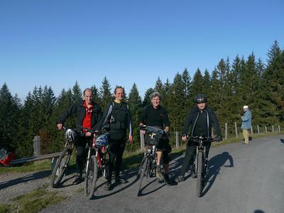 @RobAng 2012 / Rinderweidhorn (1317m), nördlich oberhalb  Sattelegg, Kanton Schwyz, CH, Schweiz/Switzerland,  25.10.2012 11:12:02
