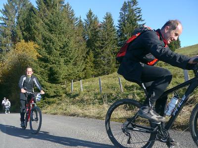 @RobAng 2012 / Rinderweidhorn (1317m), nördlich oberhalb  Sattelegg, Kanton Schwyz, CH, Schweiz/Switzerland,  25.10.2012 11:09:50