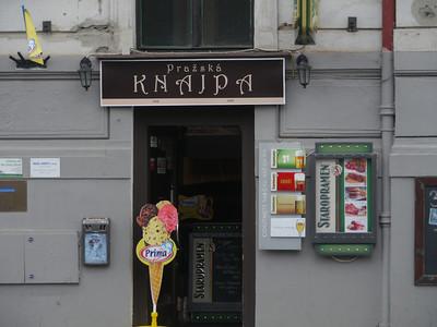 @RobAng, Aug 2013 / Prager Neustadt, Košíre, Hlavní mesto Praha, CZE, Tschechien, 198 m ü/M, 09/08/2013 11:42:24